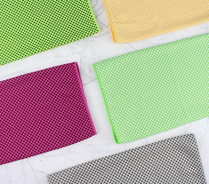 三伏至 这款定制冷感巾可是夏季标配